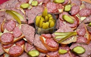 sausage-585656_1280
